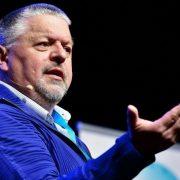 Keynote spreker op Jeugd in onderzoek congres, Louis Cauffman